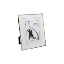 Hampton Frames Mayfair 6x8 Silver With Mount