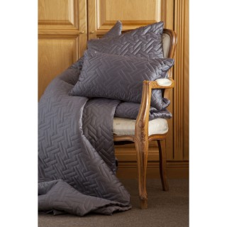 Belledorm Valencia Throw Charcoal 260x260