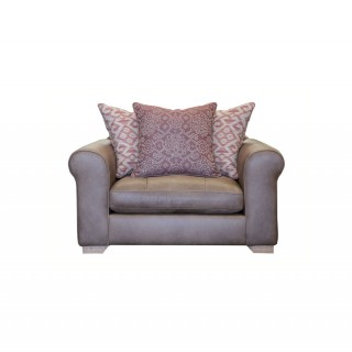 Alexander & James Pemberley Snuggler Chair