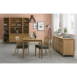 Casa Geneva 2-4 Ext Table & 2 Oak Dining Set